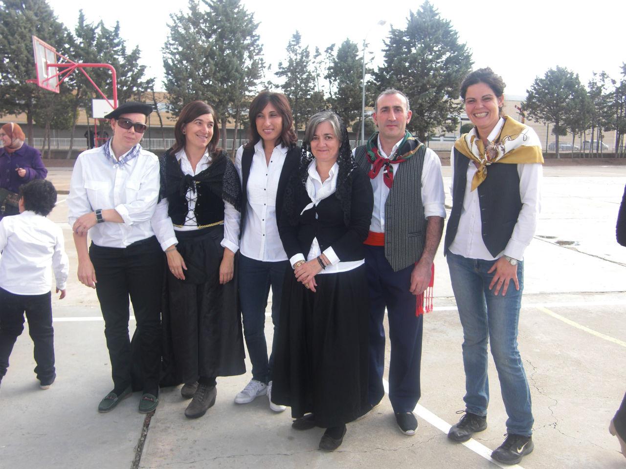 Fiestas en cintru nigo cp otero de navascu s - Colegio otero de navascues ...